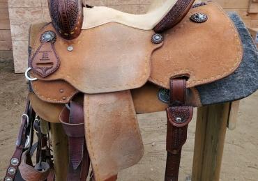 14″ Lazy B barrel saddle