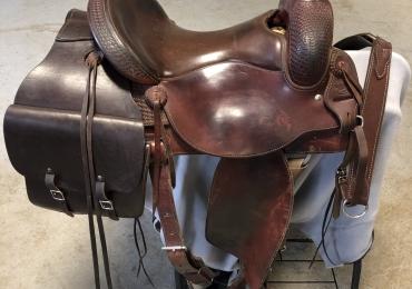 Custom VIC BENNETT all round saddle
